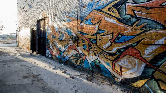 urban graffiti alley way scene for film and photo production in downtown los angeles warehouse space
