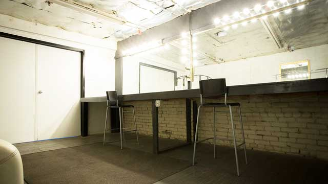 green room makeup room in warehouse shoot location los angeles for film and photography production shooting