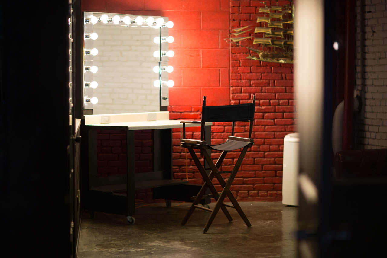 Makeup Room Warehouse Film Location Amp Photo Studio In La