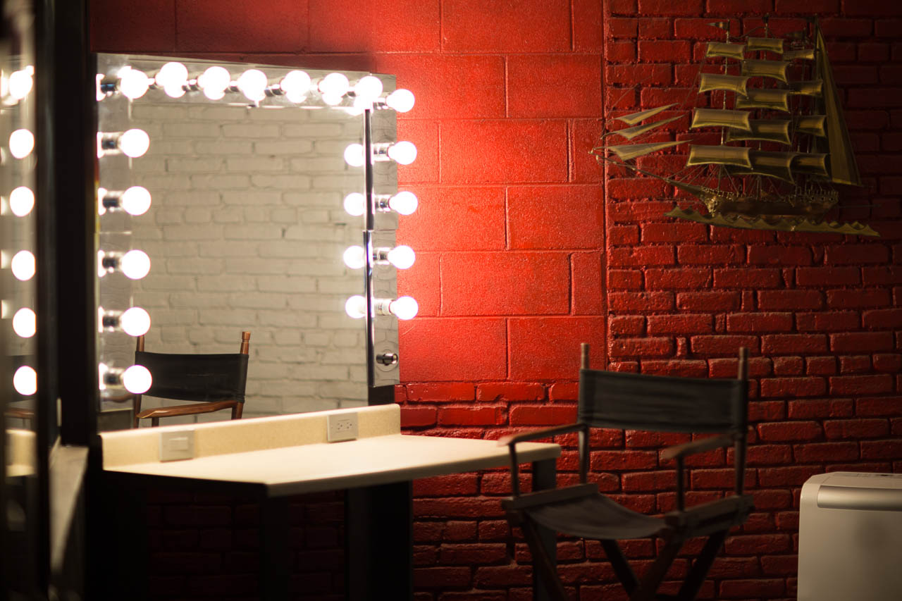 Makeup Room | Warehouse Film Location & Photo Studio in LA on Makeup Room  id=71092