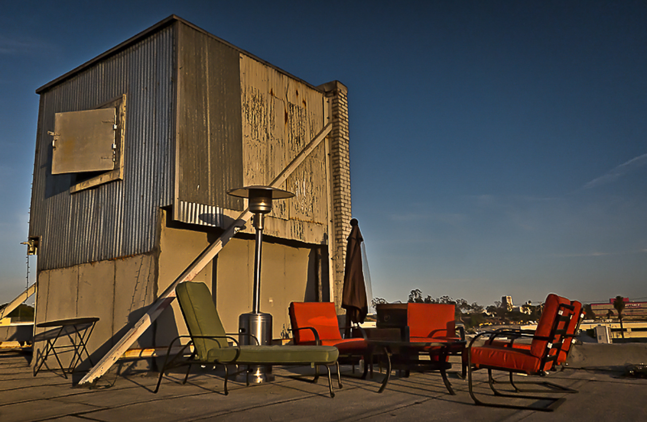 industrial warehouse rooftop in los angeles for film and photography production shooting