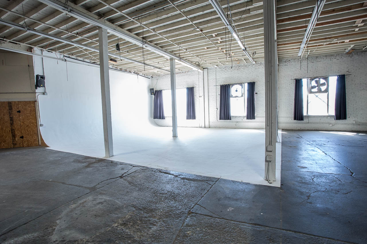 la ware house studio for creative projects for rent in downtown los angeles
